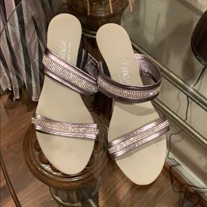 Onex  pewter/silver with bling sandals